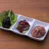 ひもの野郎 - 料理写真:珍味3種盛490円