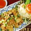 タイ料理専門店 TAI THAI - 料理写真:ムートガティアム(にんにく風味の豚のから揚げ)