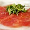ラ・スコリエーラ - 料理写真:本日のクルード(日本で言うところのカルパッチョ)はマスト!