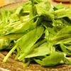 鳥小屋 - 料理写真:新鮮な鶏と新鮮な緑の組み合わせは最高です。