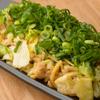 鉄板屋燈 - 料理写真:牛すじとキムチ入りが特徴の『特製そばめし』