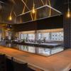 鉄板屋燈 - 内観写真:和モダンな空間で味わう上質な素材を生かした鉄板焼き