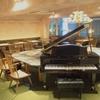 椿サロン - 内観写真:グランドピアノ