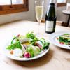 nR table - 料理写真:野菜中心の料理とオーガニックワイン