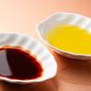 オリーブ油そば 三六 - 料理写真:スパイシーオイル、オリーブオイル