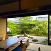 郷屋敷 - 内観写真:どの席からも庭が眺められます