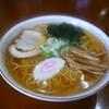 ラーメン 八海山 - 料理写真:シンプルイズベスト!素朴な醤油ラーメン 800円