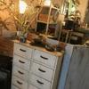 ダイツ - 内観写真:アンティークな家具