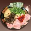 とんこつラーメン専門 八味豚骨 - メイン写真:
