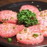 新宿の安くて美味しい焼肉8選!食べ放題で楽しめるお店も!