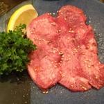 新宿駅周辺の安い焼肉店15選!和牛食べ放題のお店も紹介