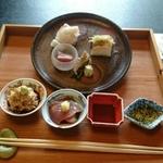 富山の個室で味わうおすすめランチ8選