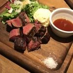 【梅田】肉食女子におすすめ♪肉女子会を楽しめるお店8選