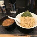 埼玉県さいたま市のJR大宮駅東口の南銀座通りの美味しい9店