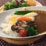 【横浜駅周辺】食べログランキングで人気!うまいカレー8選