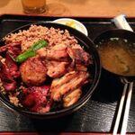 【霞ヶ関】サラリーマンの味方!がっつり食べたい肉ランチ8選