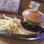 横須賀といえば外せない!おすすめのハンバーガー店10選