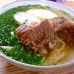 沖縄・久米島はグルメの宝庫!食べログランキングで人気の店8選