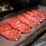恵比寿で行くべき肉料理の名店6選!焼肉・肉寿司・ホルモンなど