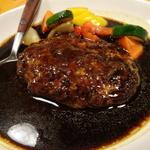 新宿で食べたい!おすすめハンバーグ5店〜ランチやデートにも