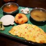 【ミールス好き必見】数少ない南インド料理(カレー)が食べられるお店