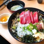 しらすもまぐろも!江ノ島で必食の海鮮丼おすすめ12選