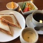 岐阜の人気モーニング20選!無料で茶碗蒸しやフルーツも!