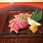 【すすきの周辺】美味しい肉刺し・ホルモン刺しが食べられるお店5選