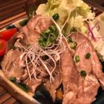 豚肉料理が美味しい沖縄県!ブランド豚が食べられるお店5選