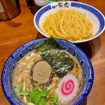 福岡でつけ麺を楽しむ!地元で親しまれるお店11選