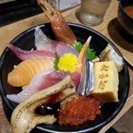 大阪で海鮮丼を味わう!海鮮丼のおすすめ店エリア別11選