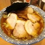 綱島でラーメンを味わう!こってりとあっさりの名店9選