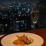 【池袋】夜景が綺麗でディナーが楽しめるお店5選