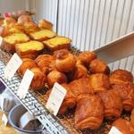 吉祥寺駅からは遠いけれど、行く価値のあるパン&パイ屋さん