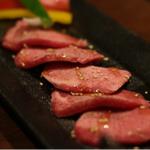 極上の空間!江坂で美味しい焼肉を食べられるお店11選