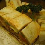 大阪 レトロ喫茶のサンドイッチ