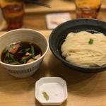 大阪でつけ麺を食べるなら!おすすめの人気店17選