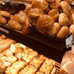 新宿のパン14選!新宿駅東口・西口・南口の人気店を紹介