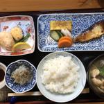 飯田橋駅周辺でグルメなランチ!ジャンル別おすすめ店19選