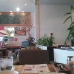 男性お一人様でも気軽に入れる女子向きなカフェ