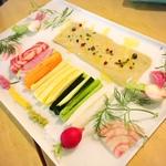 【新宿】野菜ランチ!おしゃれでヘルシーなお店15選