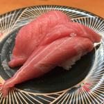 博多の回転寿司店で海の幸を満喫!家族で訪れたい人気店7選