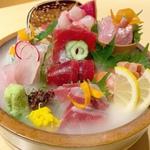 浜松町の居酒屋20選!仕事終わりは肉や海鮮・駅チカ人気店