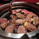 新大久保で食べ放題を楽しめる焼肉店!人気のおすすめ9選
