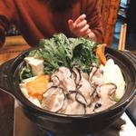 新宿で鍋を囲んで女子会を!もつ鍋や牡蠣など厳選の11選