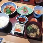 銀座のひとりランチにおすすめ!和食や洋食の人気店15選