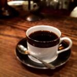 年間コーヒー1,000杯消費するノマドワーカーの心に沁み渡るとっておき珈琲店都内10選