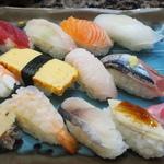 【あべの・天王寺】ランチでいただける日常使いのお寿司【にぎり・巻き・押し】