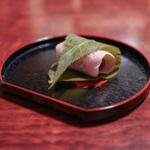 京都で絶品桜餅を楽しむ!一度は行きたい和菓子の名店10選