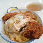 新潟市内の「卵とじカツ丼」
